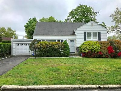 Yonkers Single Family Home For Sale: 18 Rugby Road