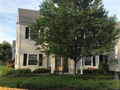 Fishkill Condo/Townhouse For Sale: 301 Commons Way #A