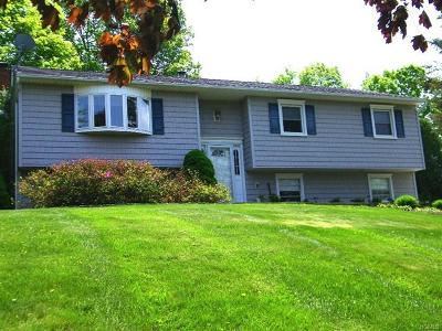 Yorktown Heights Single Family Home For Sale: 301 London Road