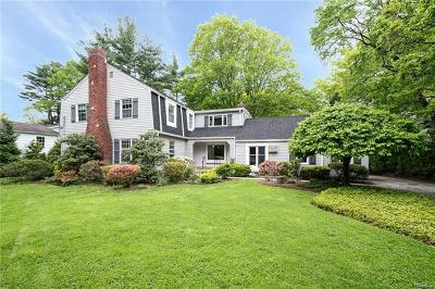 Hartsdale Single Family Home For Sale: 12 Crosshill Road