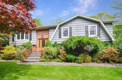 Westchester County Single Family Home For Sale: 24 Mohawk Lane