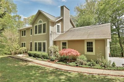 Croton-On-Hudson Single Family Home For Sale: 49 Sunset Lane