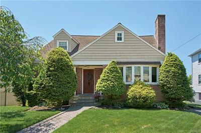 Westchester County Single Family Home For Sale: 39 Elmwood Avenue