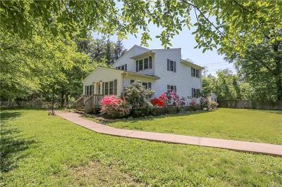 Rockland County Single Family Home For Sale: 88 Medway Avenue