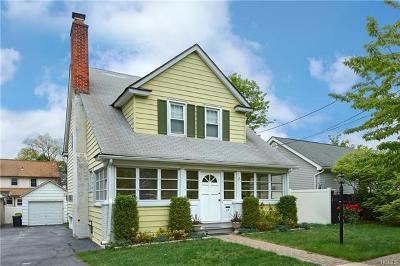 Port Chester Single Family Home For Sale: 114 Glendale Place