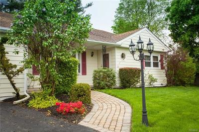Middletown Single Family Home For Sale: 20 Rdean Place