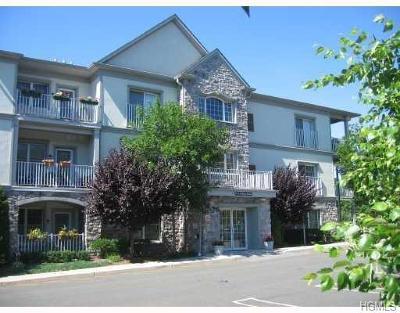 Condo/Townhouse For Sale: 22 North De Baun Avenue #303