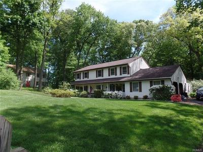 Rockland County Single Family Home For Sale: 4 Nicole Place