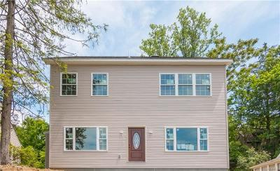 White Plains Single Family Home For Sale: 44 Upland Avenue