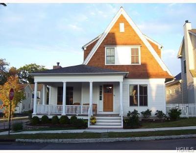 Warwick Single Family Home For Sale: 18 Aske Street
