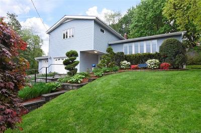 White Plains Single Family Home For Sale: 3 Jay Court