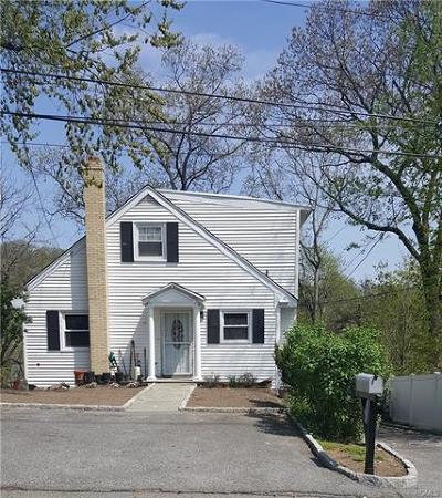 White Plains Single Family Home For Sale: 38 General Heath Avenue