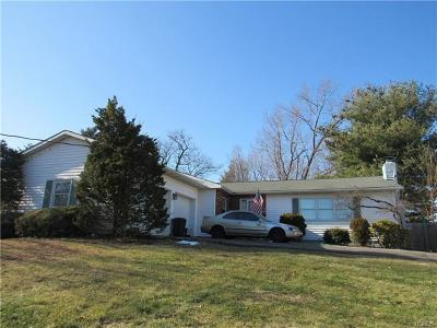 New Windsor Single Family Home For Sale: 7 Barclay Road