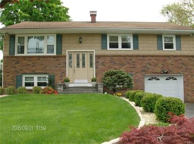 Single Family Home For Sale: 39 Sengstacken Drive