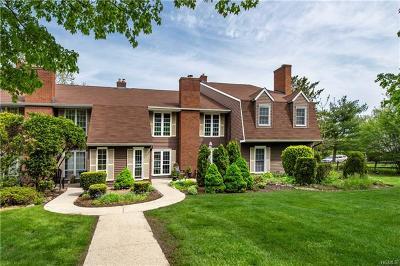 Warwick Condo/Townhouse For Sale: 90 Homestead Village Drive