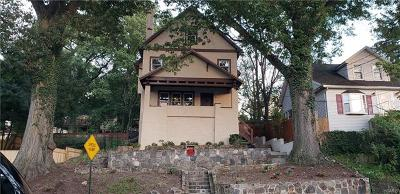 Elmsford Single Family Home For Sale: 32 North Goodwin Avenue