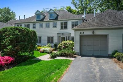 White Plains Condo/Townhouse For Sale: 86 Brook Hills Circle