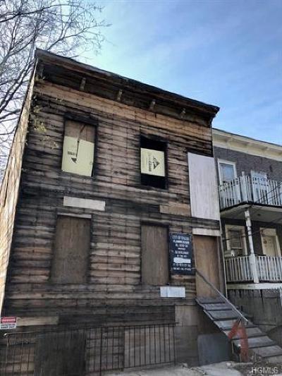Yonkers Multi Family 2-4 For Sale: 411 Prescott Street