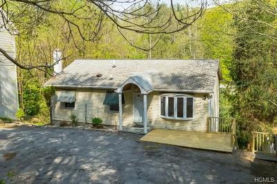 Westchester County Single Family Home For Sale: 50 Wharton Drive