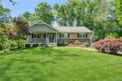 Pearl River Single Family Home For Sale: 80 Champ Avenue
