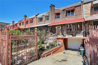 Bronx NY Multi Family 2-4 For Sale: $549,000