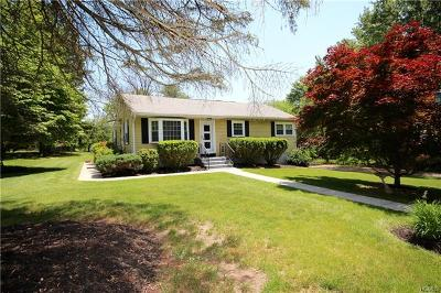 Washingtonville Single Family Home For Sale: 5 Whistle Post Court