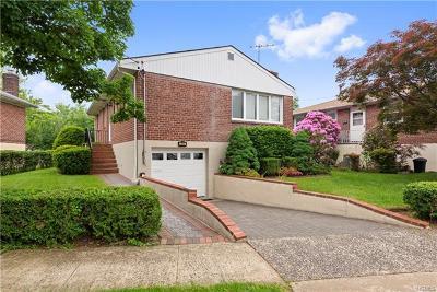 Yonkers Single Family Home For Sale: 241 Hyatt Avenue