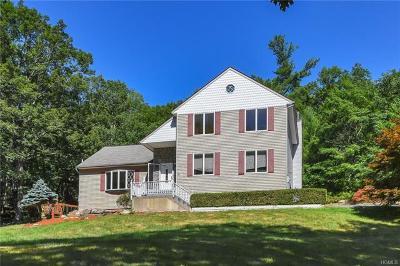 Highland Mills Single Family Home For Sale: 36 Van Tassel Court