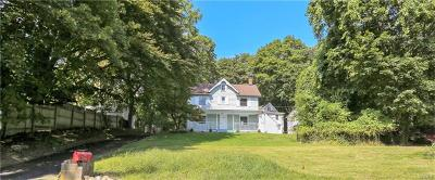 Rockland County Single Family Home For Sale: 9 Boulderberg Road