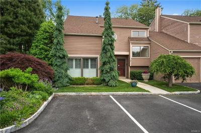 Port Chester Single Family Home For Sale: 1 Lyon Farm Court