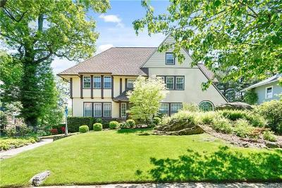 Pelham Single Family Home For Sale: 66 Clifford Avenue