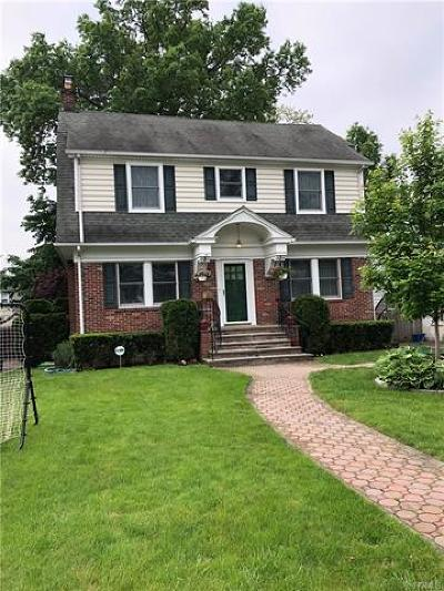 Eastchester Single Family Home For Sale: 48 Overlook Avenue