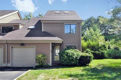 Rye Brook Single Family Home For Sale: 21 Bayberry