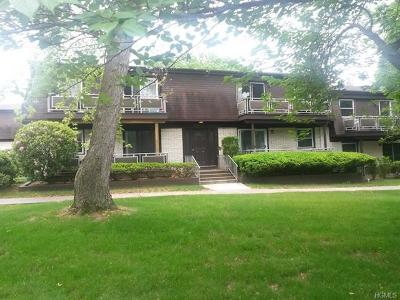 Valley Cottage Condo/Townhouse For Sale: 7 Church Lane #B