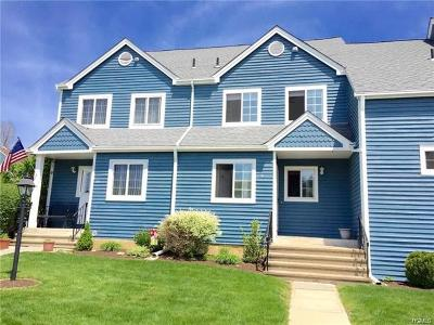 Brewster Single Family Home For Sale: 105 Sheffield Court