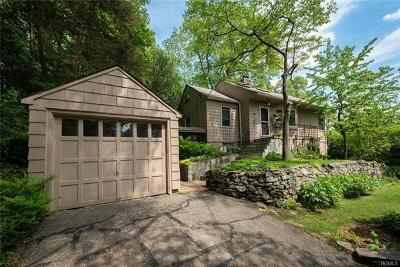 Mount Kisco Single Family Home For Sale: 16 Stanwood Road
