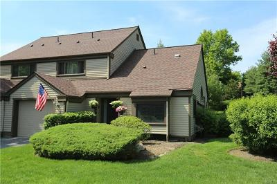 Somers Condo/Townhouse For Sale: 595 Heritage Hills #B