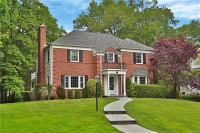 New Rochelle Single Family Home For Sale: 182 Taymil Road