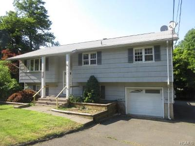 Valley Cottage Multi Family 2-4 For Sale: 5 Brookridge Court #5-6