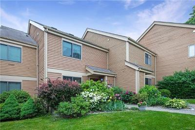 Westchester County Single Family Home For Sale: 28 Bayberry Lane