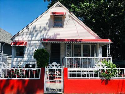 Bronx Single Family Home For Sale: 524 Saint Lawrence Avenue
