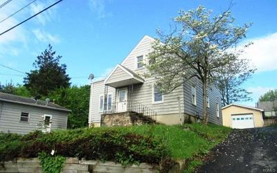 Middletown Single Family Home For Sale: 8 Corwin Avenue