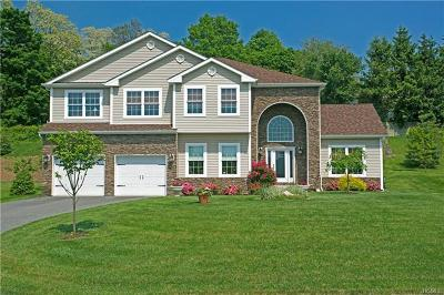 White Plains Single Family Home For Sale: 8 Clarion Drive