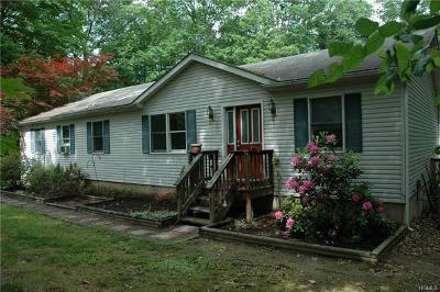 Pine Bush Single Family Home For Sale: 130 Weed Road