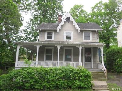 Nyack NY Single Family Home For Sale: $265,000