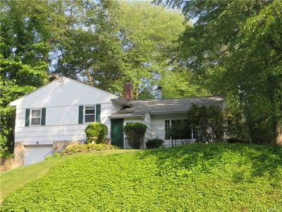 White Plains Single Family Home For Sale: 469 Rosedale Avenue