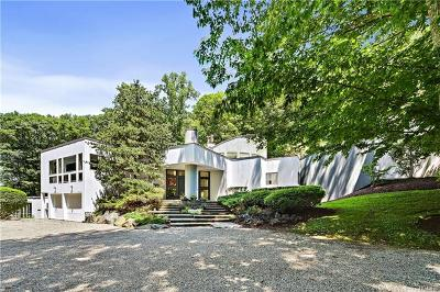 Westchester County Single Family Home For Sale: 128 Kitchawan Road