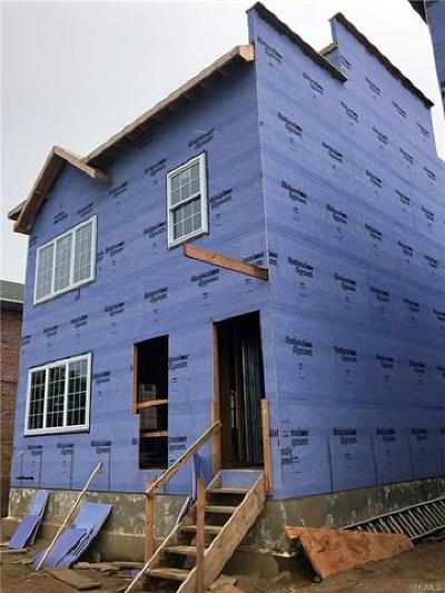 Bronx Multi Family 2-4 For Sale: 920 Wilcox Avenue