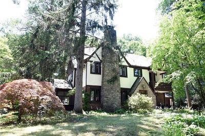 Sleepy Hollow Single Family Home For Sale: 220 Kelbourne Avenue