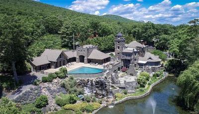 Greenwood Lake Single Family Home For Sale: 14 Lake Shore Road